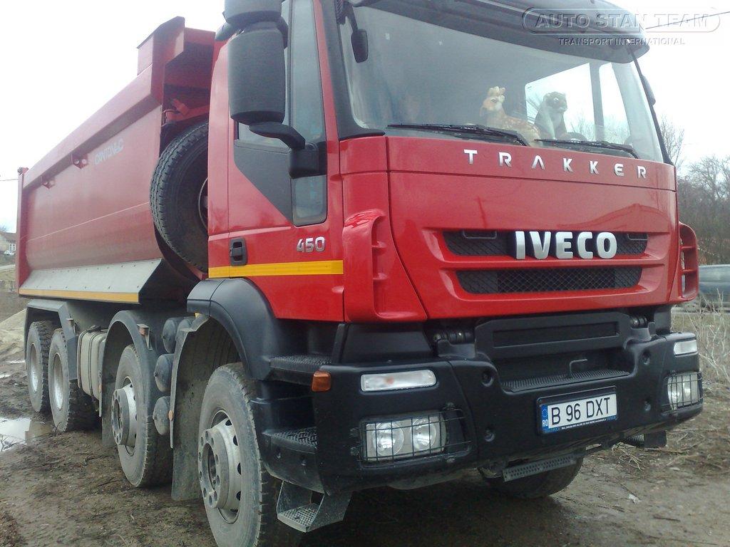 Autobasculante IVECO<br /> Trakker 8x4